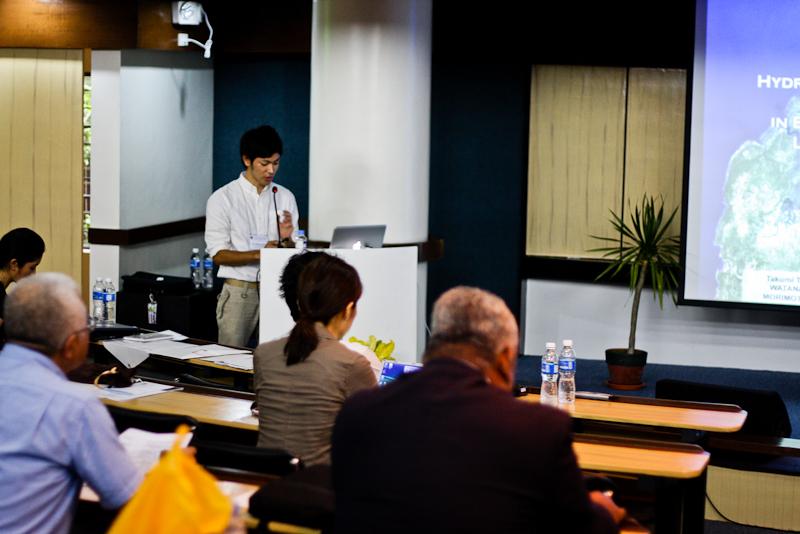 会議写真3.jpg